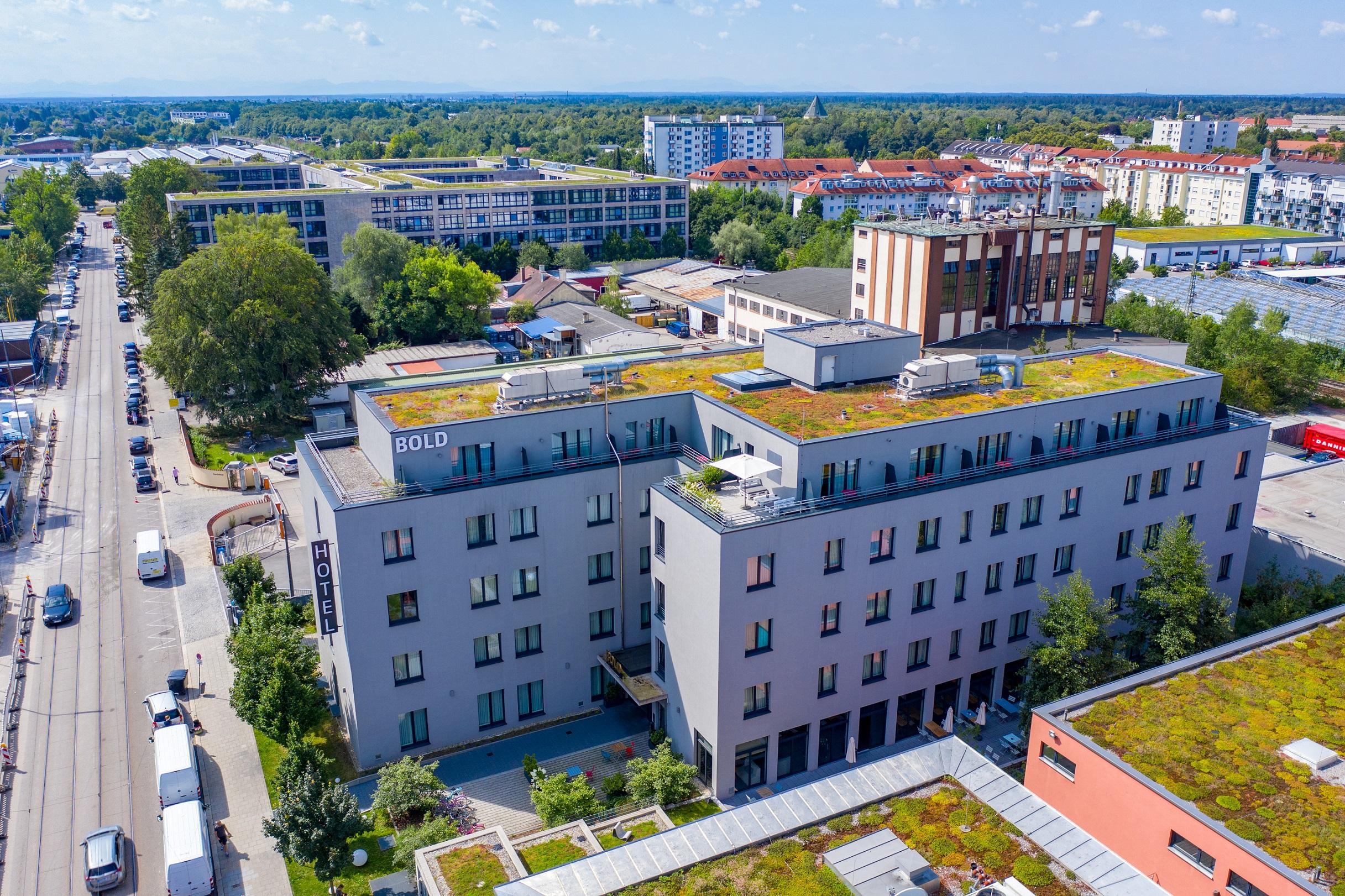 Luftbild vom BOLD Hotel in München Giesing